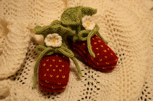 Knit Baby Booties Free Pattern For Strawberries Knitnscribble