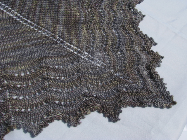 Free Knitting Pattern For Triangular Shawl : The Holden Shawlette continued KnitnScribble