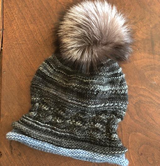 black monotone spirit cable hat